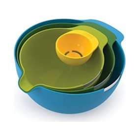 Joseph Joseph 4-piece Nesting Bowl Ser with Egg Yolk Seperator