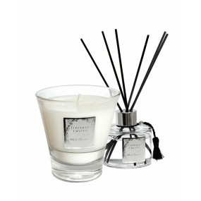 Tipperary Crystal White Christmas Candle & Diffuser